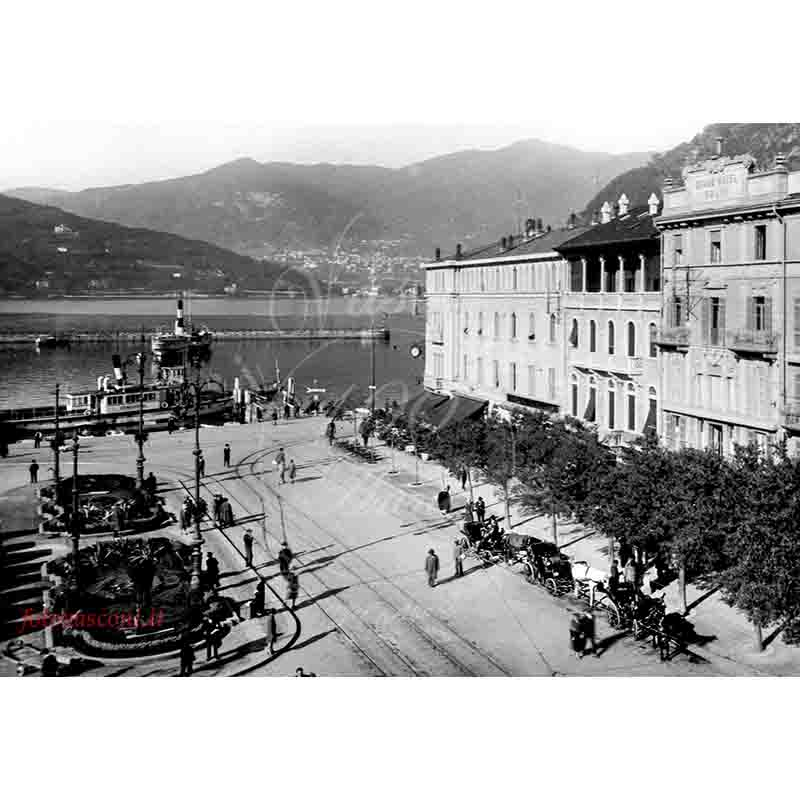 Como piazza Cavour P battello calessini 1929 fotovasconi 2
